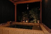 カップルプラン貸切露天風呂で2人だけの贅沢な時間を過ごす♪